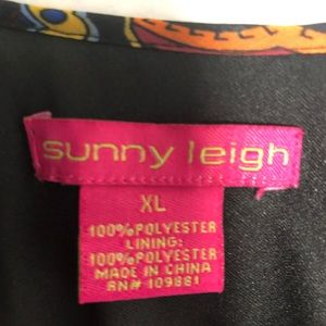 Sunny Leigh Tops - Beautiful colorful Sunny Leigh Cut Out blouse